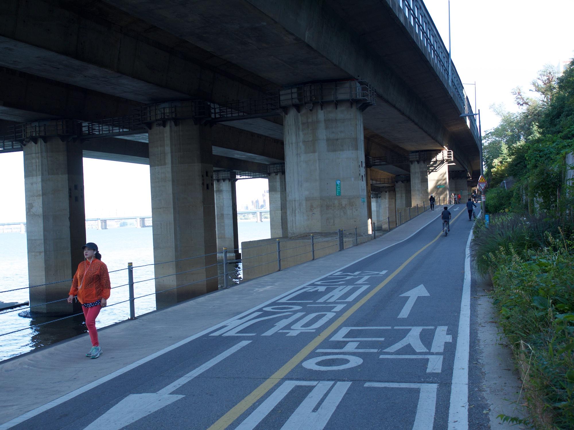 Bikeroad in Seoul
